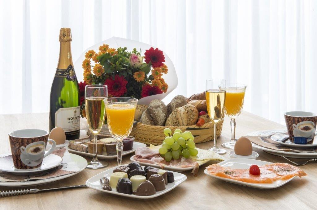 Ontbijtservice: een heerlijk vers ontbijt aan huis! Laat uw ontbijt thuis bezorgen door pauls cuisine